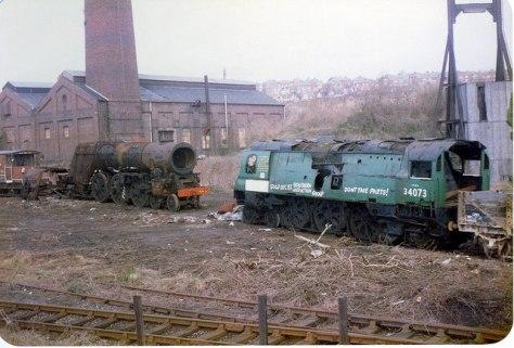 Bulleid_Pacific_locomotives_at_Woodhams_Scrapyard_Barry