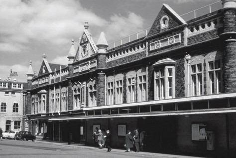 cardiff-queen-street-station-1966